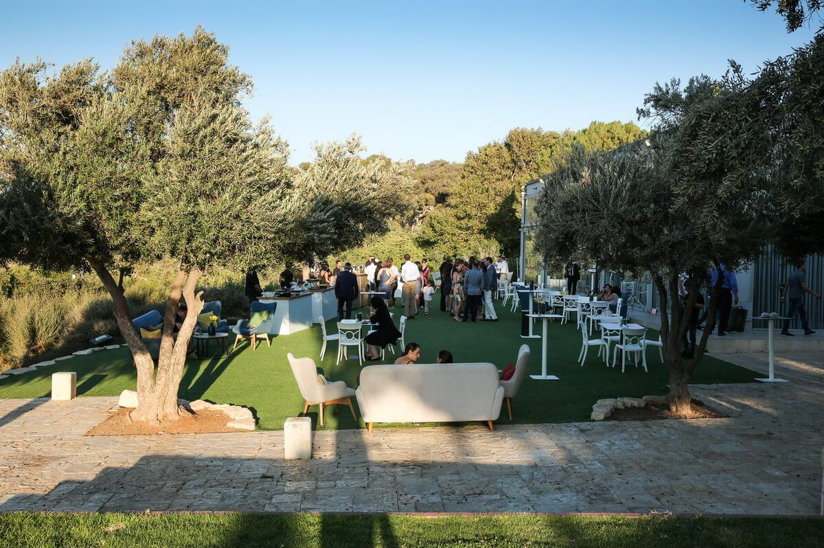 garden event in jerusalem